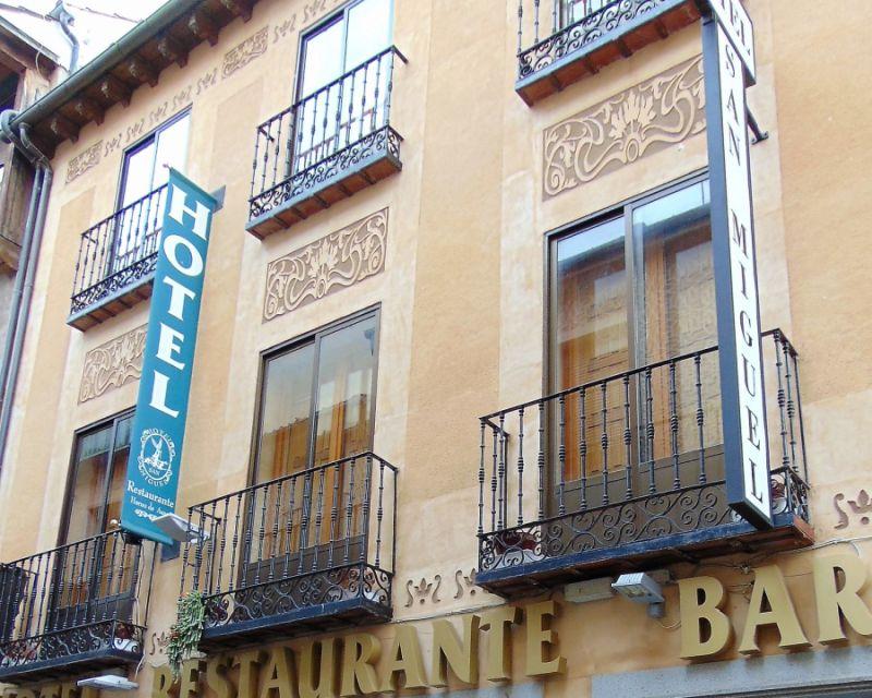 Calle Infanta Isabel Segovia Art Nouveau