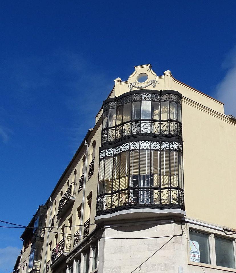 Segovia Art Nouveau en calle Cervantes