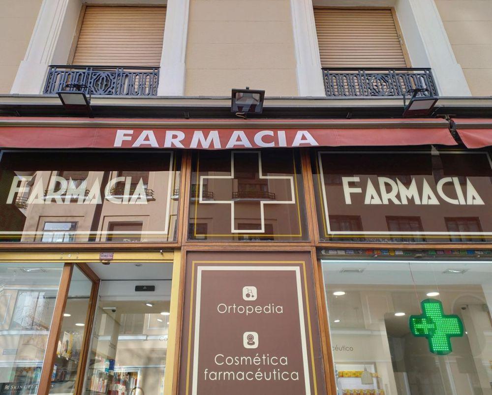 Farmacia del Madrid Art Decó en Modesto Lafuente