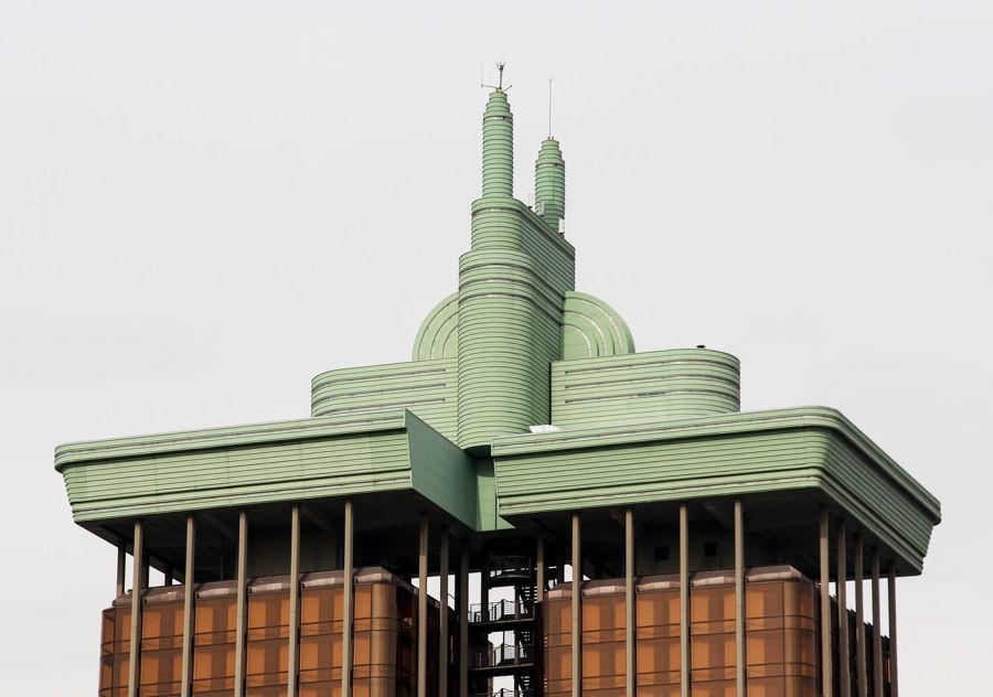 Madrid Neo Art Decó en el enchufe de las Torres de Colón
