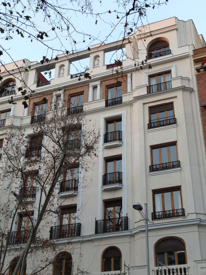 Martínez Campos 17 es Madrid Art Decó