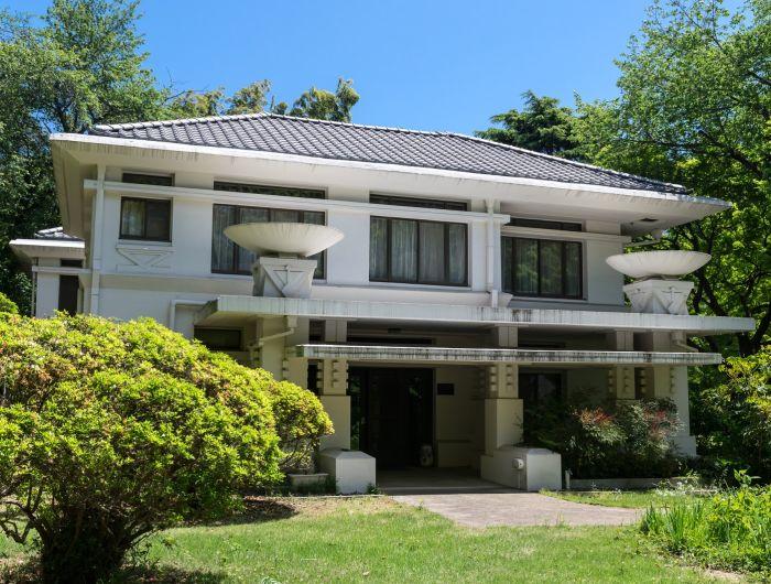 Pabellón del profesorado extranjero en la Universidad Cristina de Mujeres